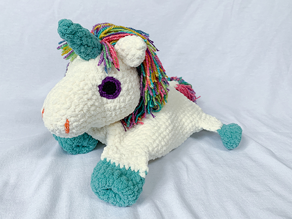 Lil'Fluffy Unicorn from Despicable Me by Armigurumi on DeviantArt | 432x576
